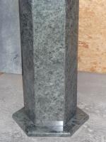 pied de table hexagonal