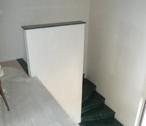 escalier en marbre vert du guatemala à Florenville (Belgique)