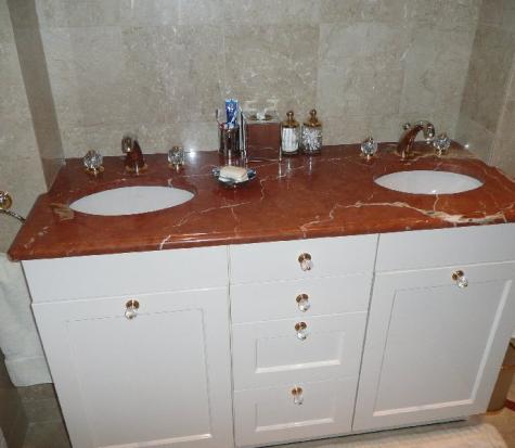 salle de bain en marbre à FLOING (Ardennes)