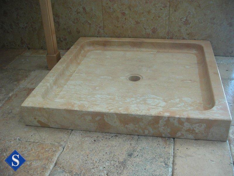 Salle de bain marbrerie d coration int rieur marbre for Grand receveur de douche